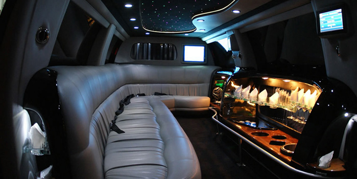 13755_ford-excursion-limo-global-limos.png
