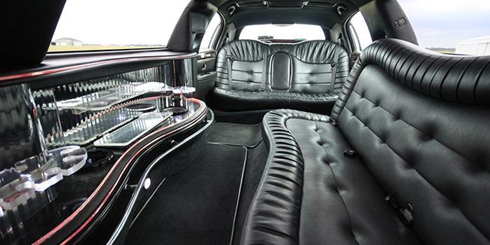 28_lincoln-limo-interior-2.jpg