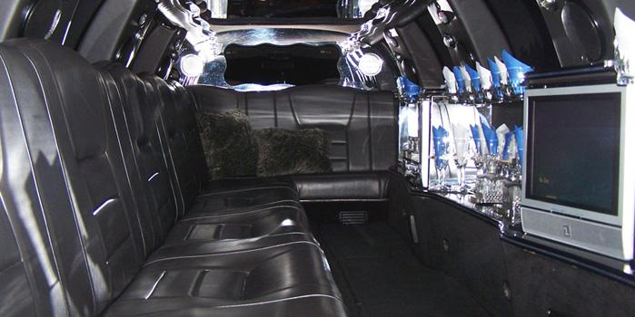 14 Passenger Limo Car Rental (Interior)