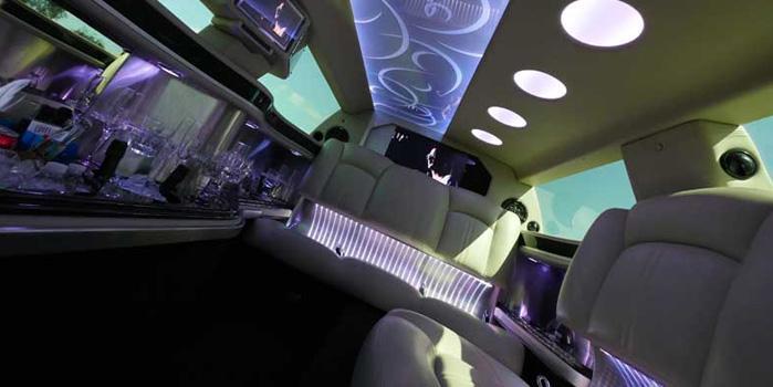 BMW 750 Stretch Limo Car Rental (Interior)