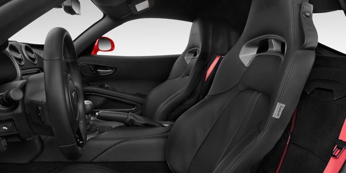 Dodge Viper SRT 10 Rental (Interior)