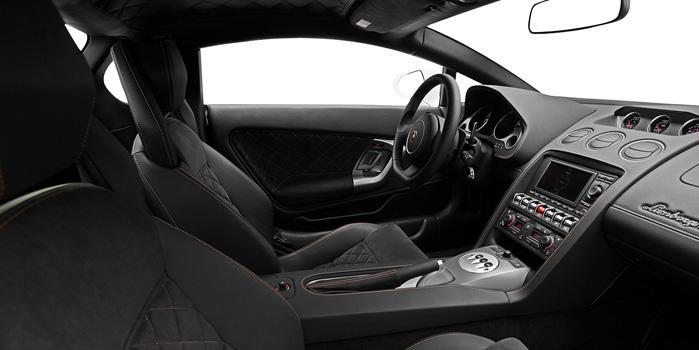 41_Lamborghini-Gallardo-Interior.jpg
