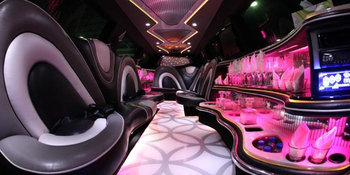 BMW X5 Stretch Limo Rental (Interior)
