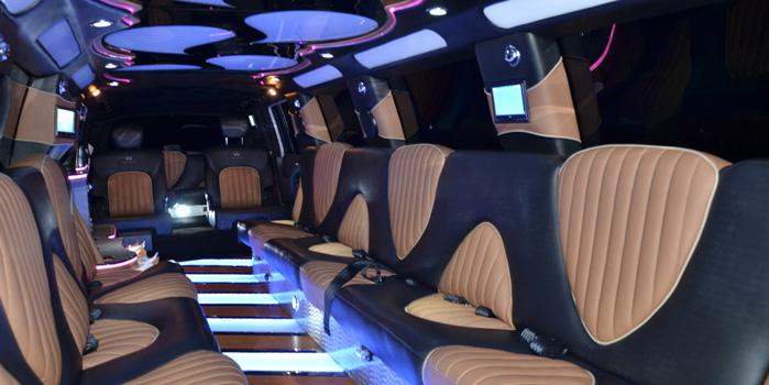 Infiniti QX56 Stretch limo Rental (Interior)
