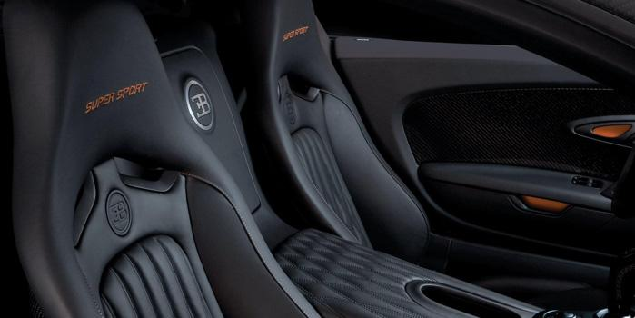 Bugatti Veyron 16.4 Grand Sport Rental (Interior)