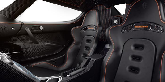 KoenigseggAgera Rental (Interior)