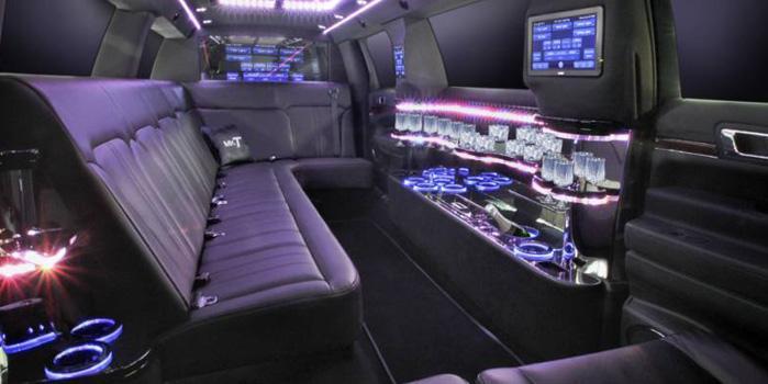 Lincoln MKT Limo Service (Interior)
