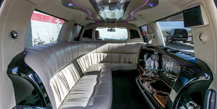 Ford Expedition Limo(Interior)