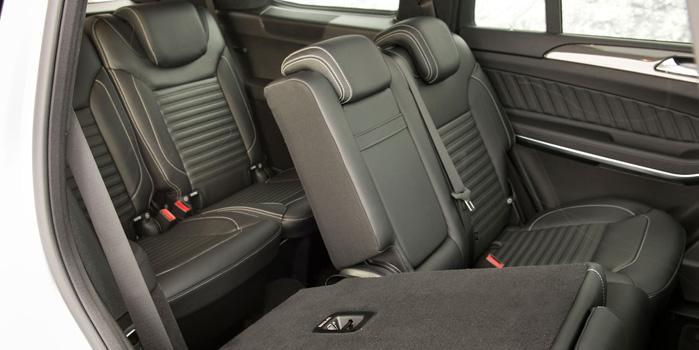 Mercedes GL-550 Rental (Interior)